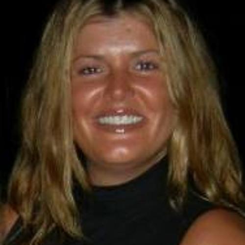 Maria Low 1's avatar