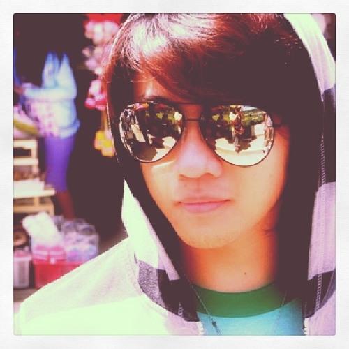 Marc Rovy (윤재민)'s avatar
