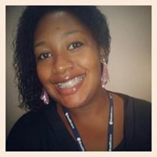 Priscila Delphino's avatar