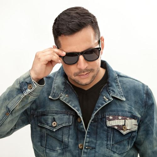 Cesar Gil's avatar