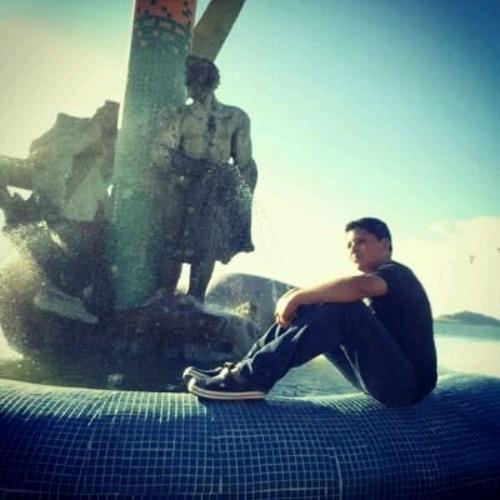 Erick Granados León's avatar