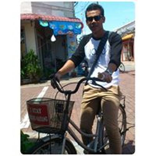 Haniff Mohd Tuharni's avatar