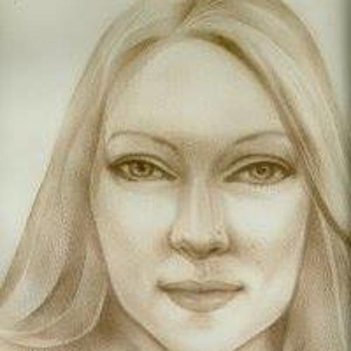 Claire Louise Nicklin's avatar