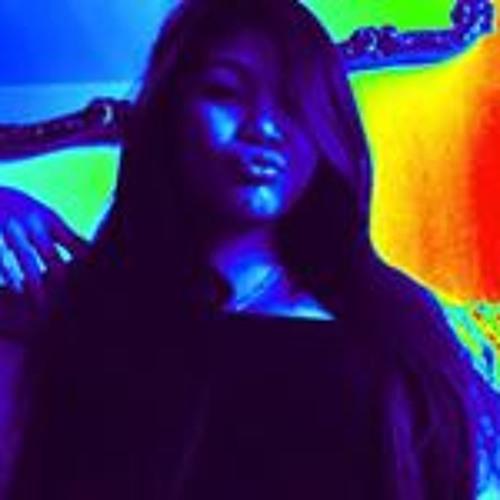 Mary-Jane Mateo Carbonel's avatar