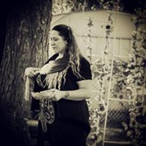 Shannon Chada's avatar