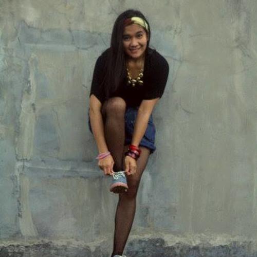 Ria Hartini's avatar