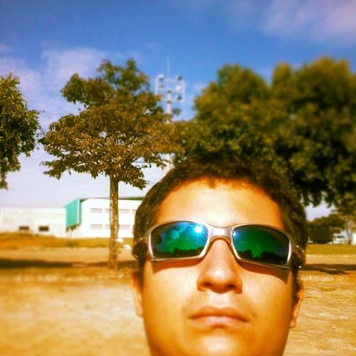 Raphael San's avatar