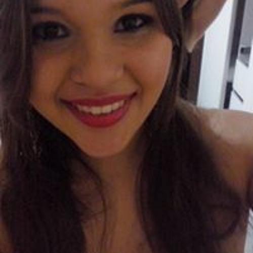 Natália Carvalho 52's avatar