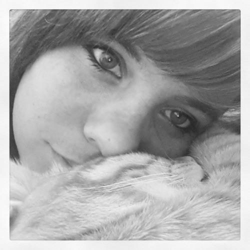 Isabella Melanie Falk's avatar