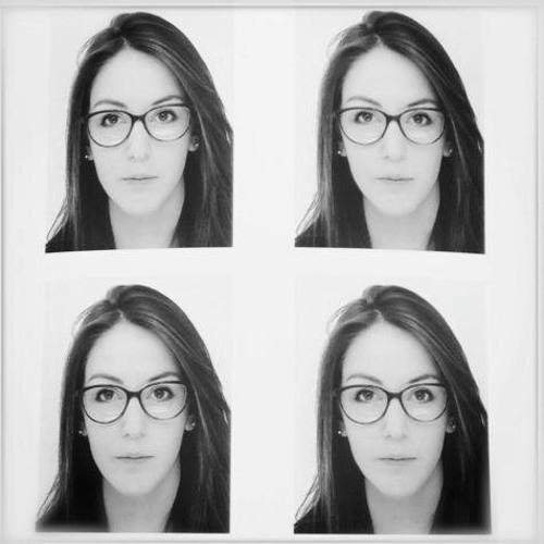Julia Ganille's avatar