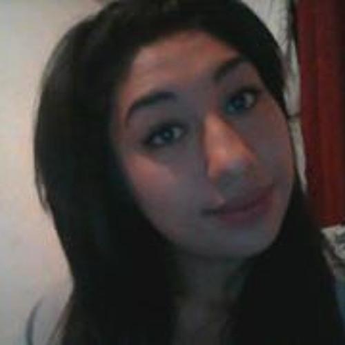Laura Viveros 2's avatar