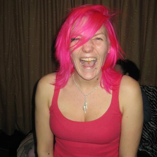 pinkyzoe's avatar