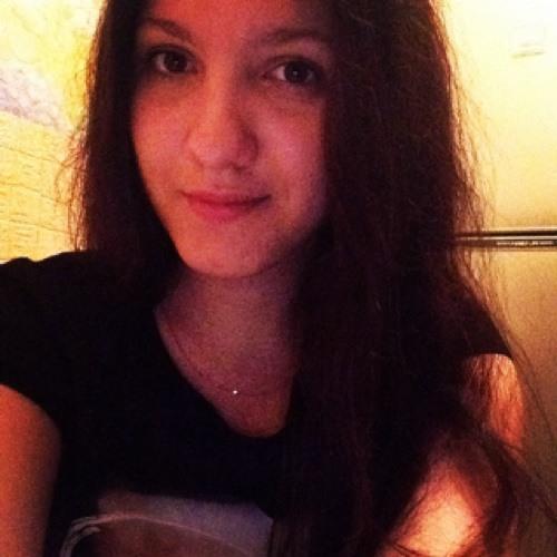 Yana  Suraeva's avatar