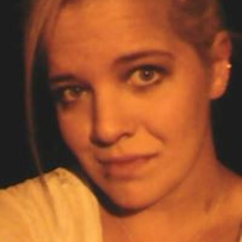 Shaina Heath's avatar