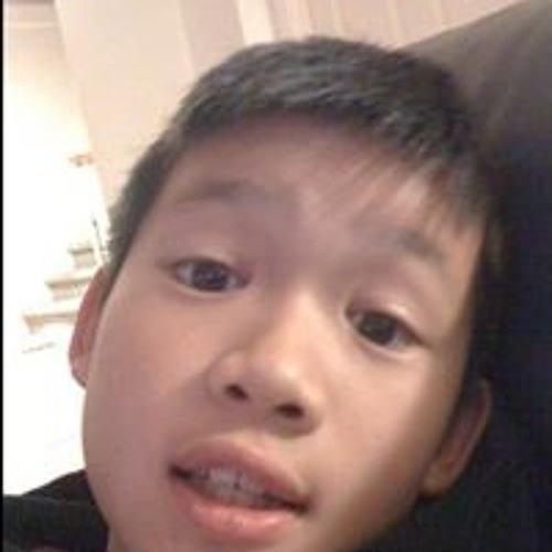 Tyler Le 12's avatar