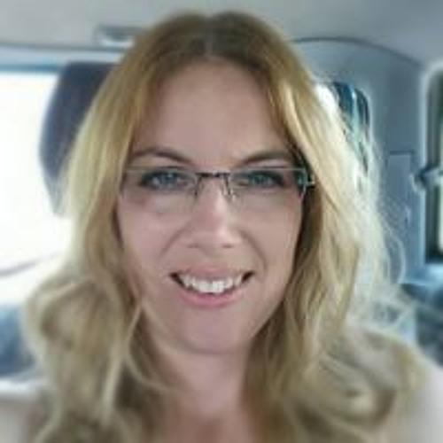 Viktória Világi's avatar