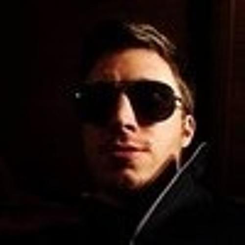 Alexander Spiros Lau's avatar