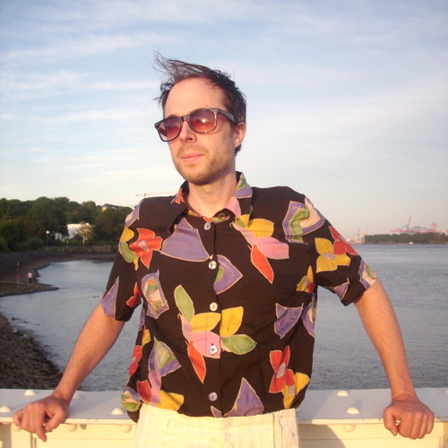 Riccardi Schola's avatar