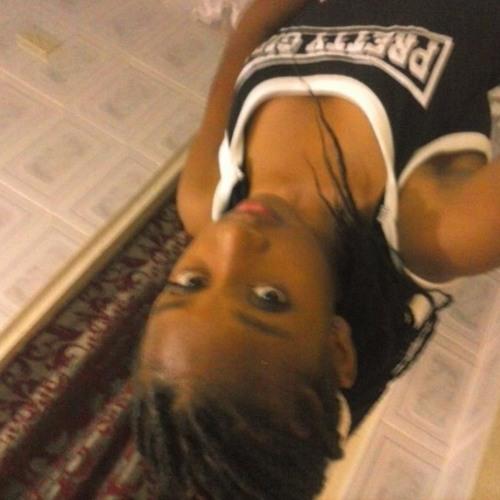 Ashantie White's avatar