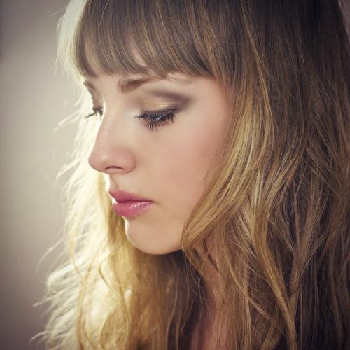 Miss-V's avatar