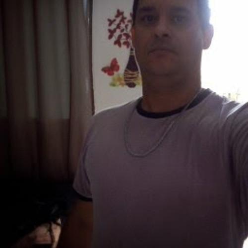 Sandro Pereira 25's avatar