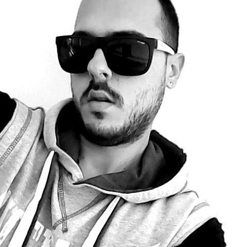 Vasilis LeVe's avatar