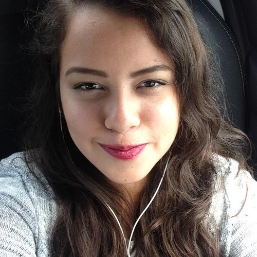 Itzel Carballo's avatar