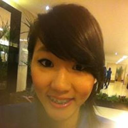 Mari Kim 3's avatar