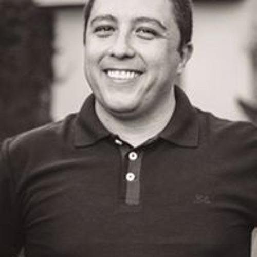 Tiago Fogaça's avatar