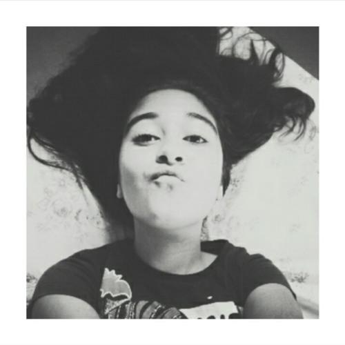Larissa Raquel 4's avatar