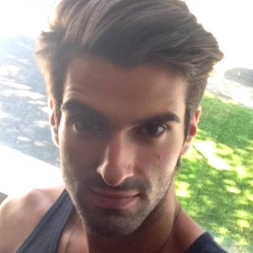 Andrew Bernardo's avatar