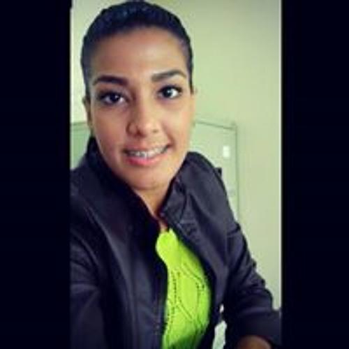 Rebeca Chaves Villalobos's avatar
