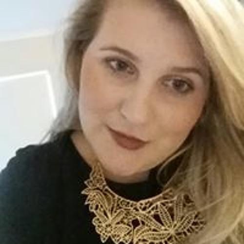 Chloe Harradine's avatar
