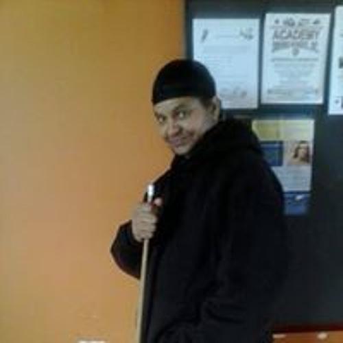 Todd Edwards 12's avatar