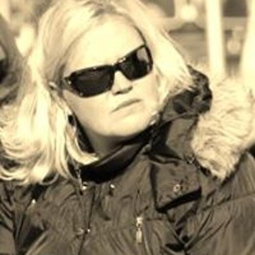 Marita Vd Molen's avatar