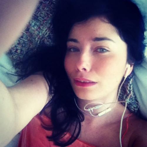 Emma Sylvester's avatar