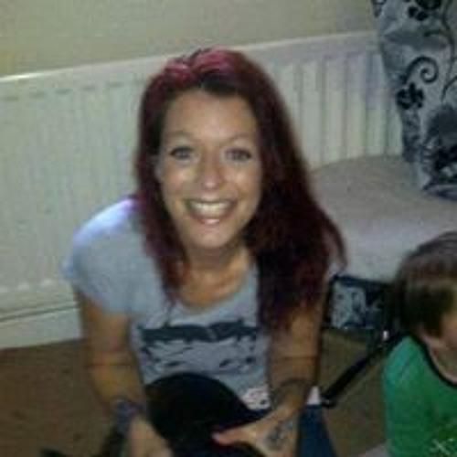 Sarah Marsh 27's avatar