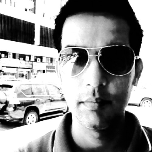 zeeshan7's avatar