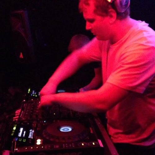 DJ-ScottyP's avatar