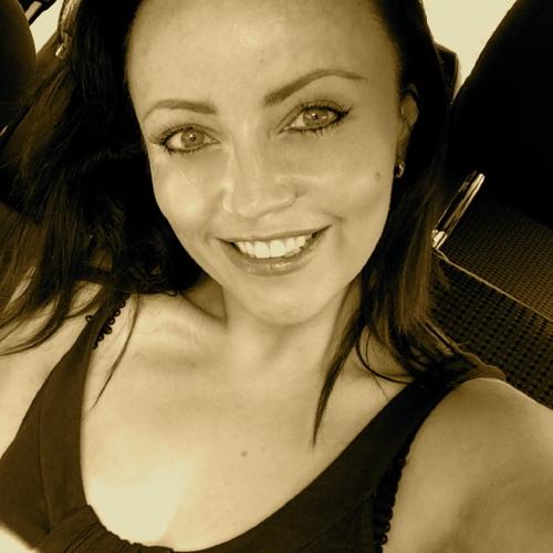 Juliet Barningham's avatar