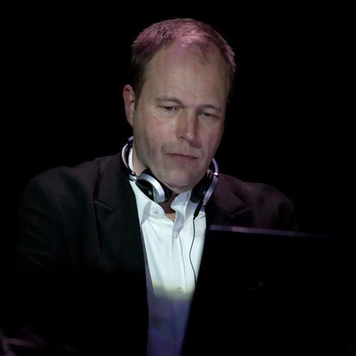 Erik Honoré's avatar