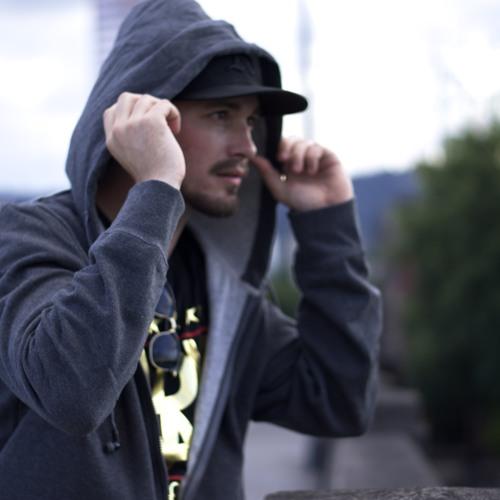 DJ Lost86's avatar