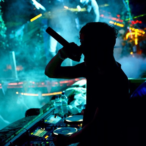 DJ.PlayHard's avatar