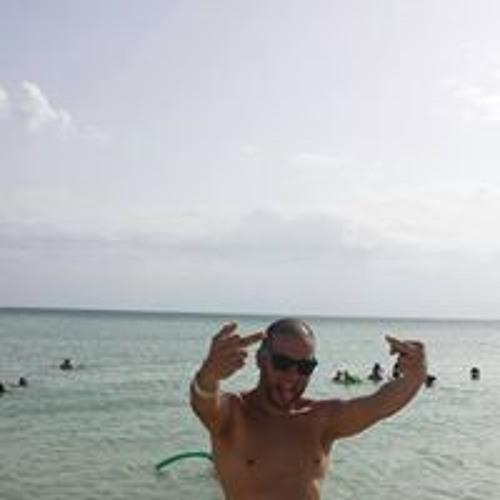 Elvin Santiago Caratini's avatar