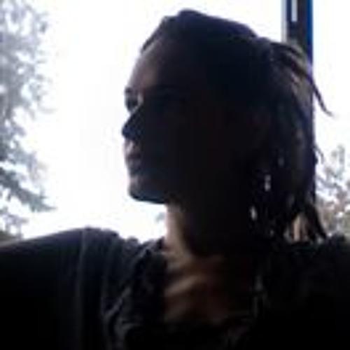 user122391998's avatar