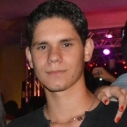 LuisVinicius's avatar