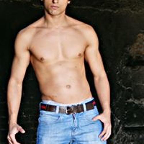 Adriano Pereira 58's avatar