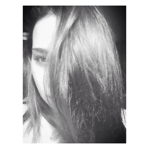 Aly Cordova Pino's avatar