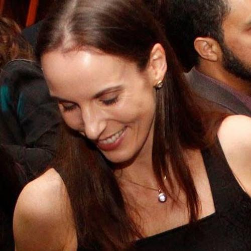 Adriana Baier's avatar