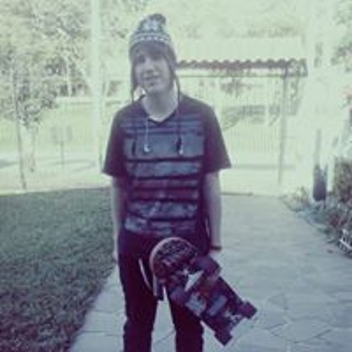 Lucas Miguel 48's avatar
